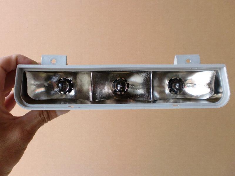 D:4 LEDハイマウントストップランプ